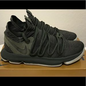 Nike Kevin Durant size 8 KD